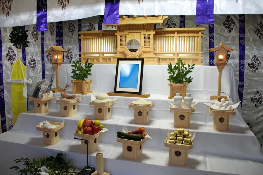 神道用の祭壇を新調|竹原葬祭